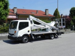 Nissan Cabstar Multitel HX195