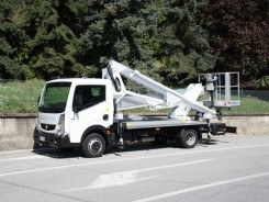 Nissan Cabstar Multitel HX 200DS