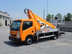 Nissan Cabstar Multitel MT 182 EX